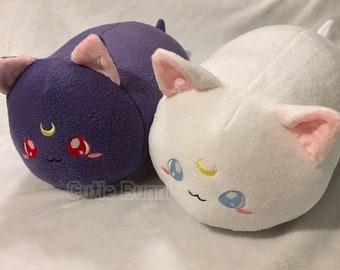 Sailor Moon Cat Kitty Loaf Roll Plushie | Luna Artemis