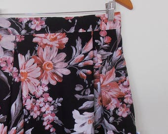 big daisy flowers...ladies high waist pleated skirt in vintage cotton