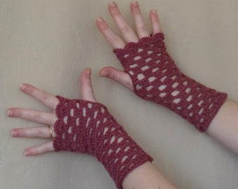 Mauve Wool Crochet Fingerless Gloves