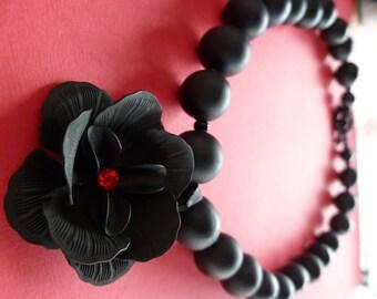 The Dark Flower Necklace
