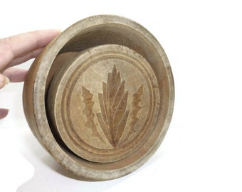 Large Antique Butter Mold with Leaf and Lightening Design made of Wood