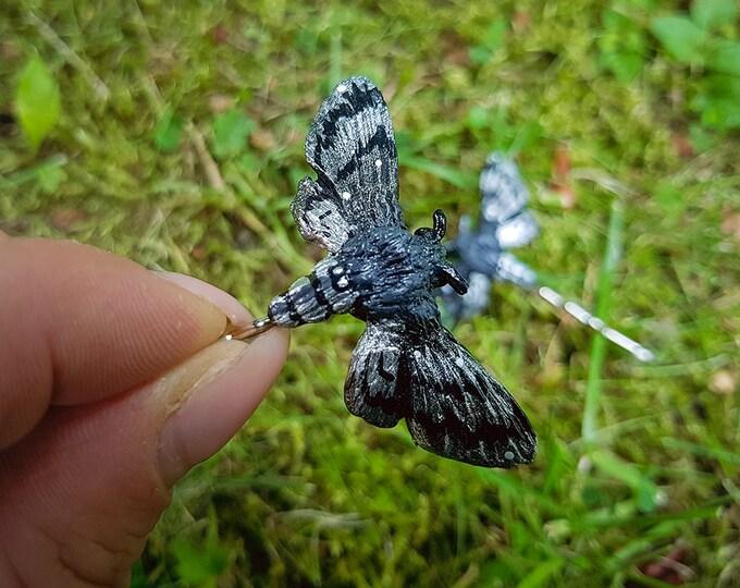 1x Moth Hair Pin-Silver
