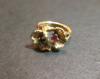 Vintage 14K yellow gold ring with sapphire and ruby, size 4.5, weight 5.4 grams
