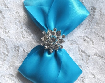 Flower Girl Hair Bow, Turquoise Satin Hair Bow with Rhinestone Center, Hair Bow, Turquoise Pageant Bow, Christmas Hair Bow, Quinceanera