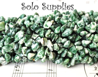 36 Inches Tree Agate Chip Beads White Cream and Mottled Forest Green Gemstone Mossy Agate Beads Small Nuggets 240 Average Long Strand Stones