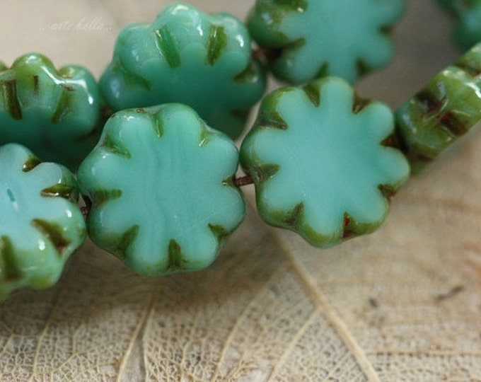 sale .. BUDDING BLUES .. 10 Picasso Czech Flower Glass Beads 9x3mm (4204-10)