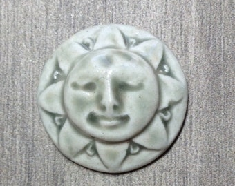 Sunshine Face Ceramic Cabochon Stone in Pale Flesh