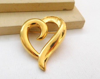 Retro Signed Napier Polished Yellow Gold Tone Modernist Open Heart Brooch Pin N6