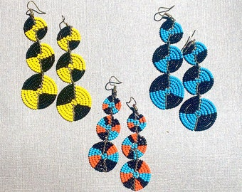 Hand beaded Earrings - Massai horn shape. 5 colors available