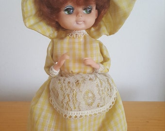 Doll vintage musical piggy