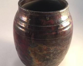 Brillant Hand-crafted Raku Vase