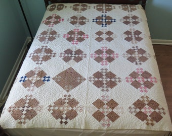 Collectors Vintage Antique 1800s Civil War Era Nine Patch Quilt, fine feather quilting