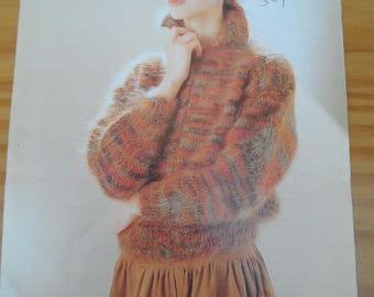Vintage knitting pattern for a ladies mohair cardigan with collar.