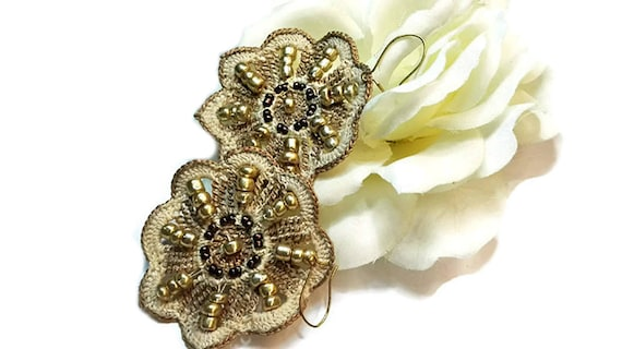 Dangle Earrings -Light Brown Crochet Lace Flower Earrings with Beads