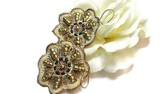 Dangle Earrings -Light Brown Crochet Lace Flower Earrings with Beads