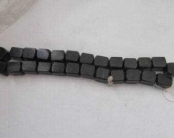 Vintage New  1 Black Strand Water Buffalo  Horn Carved Cube  Shape Beads 25 Pieces