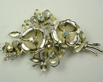 1940s Coro Flower Pin w/Aurora Borealis Rhinestones