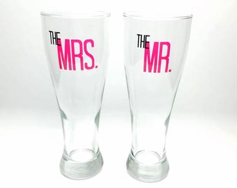 Bride & Groom - Mr and Mrs - Set of Pilsner Glasses - 16 oz. - Wedding - Anniversary - Bride - Groom - Toasting - Beer