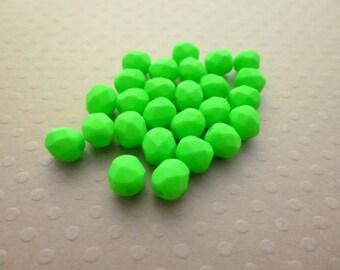 Set of 25 6 mm Green Neon matte - F6 1263