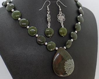 African Green Jasper Flower Necklace Earrings Set Natural Stone