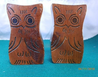 Wooden Owl Salt & Pepper Shakers