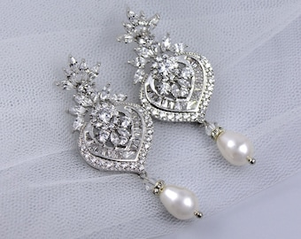 Bridal Earrings,Crystal Chandelier Earrings, Pearl Drop Earrings, Bridal Jewelry, Boucles d'oreille de Cristal, TAYLOR