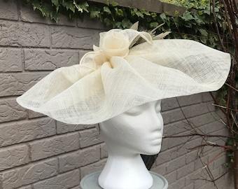 Cappello Persona Large Cream Hat - Stylish Bespoke Design