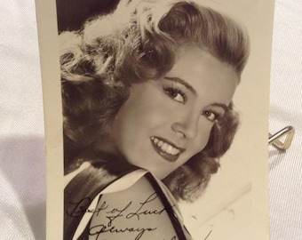 Gloria DeHaven Golden Age hollywood Pre-Print Autographed Photo Studio