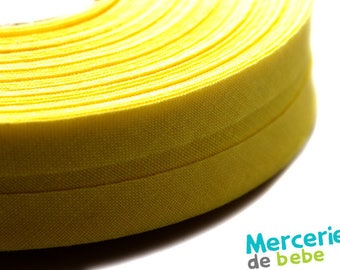 Through 20 mm - plain Pale yellow - by the yard