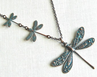 Libelle Halskette - Petrol / Kupfer-Patina, Naturschmuck, Libelle Schmuck, Natur-Halskette, Aqua Halskette, Türkis Halskette