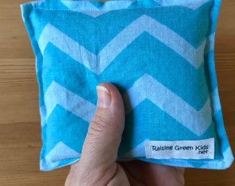 Owie bags Organic Flaxseed Filled Natural Hot/Cold Therapy blue chevron