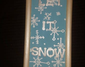 Let It Snow Wall Plaque