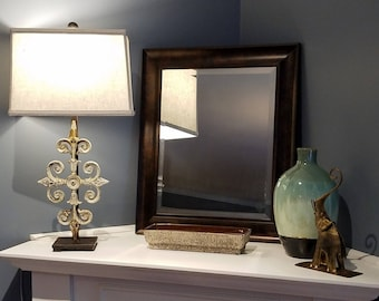 Elegant Scroll and Arrow Table Lamp