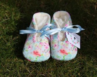 Spring Baby shoes - Several Sizes