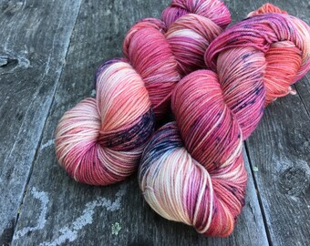 Hand dyed yarn Dandy sock -'Rose Hips in Holland'