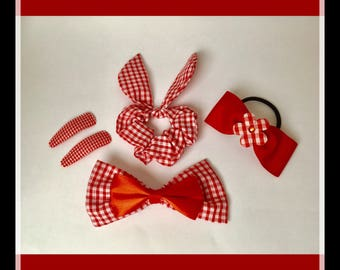 Red gingham hair accessory set.