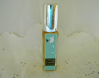 LACE Perfume:   Earl & Lady Grey Tea blended with Lavender and Mint creates a fresh springtime fragrance.