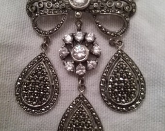 PURE INDULGENCE: Sterling Marcasite Bow Brooch