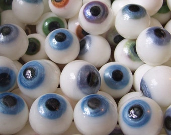 Eyeball Soap, Novelty Soap, Set of 12, Halloween Soap, You pick scent & color