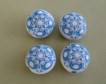 8-Vintage Etched Mosaic Blue and White Flat Round Beads 18mmx12mm.