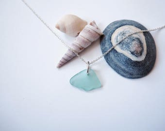 Small bright turquoise sea glass pendant / necklace
