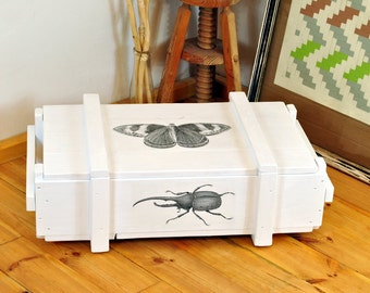 White end table - sofa side table - end-table - low table - small coffee table - small end table rustic - small side table white storage box
