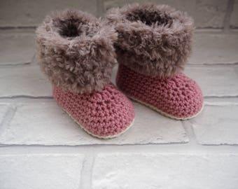 crochet baby booties, baby fur boots, Ugg booties, new baby gift, baby slippers, baby shower gift, photo prop, christening booties.