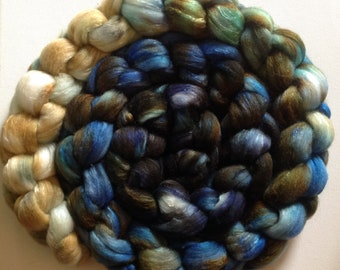 Hand Dyed gradient roving 5ozs merino silk  80/20 ready to ship