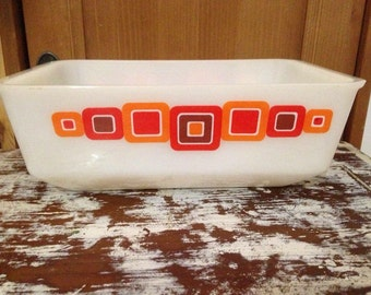Rare Vintage Agee crown Pyrex