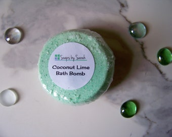 Handmade Bath Bomb ~ Coconut Lime ~ 5 oz Bath Bomb ~ Green Bath Bomb ~ Bath Fizzies ~ Luxury Bath Bomb ~ Natural Bath Bombs