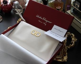 Vintage Salvatore Ferragamo white leather clutch purse (Year 1992)