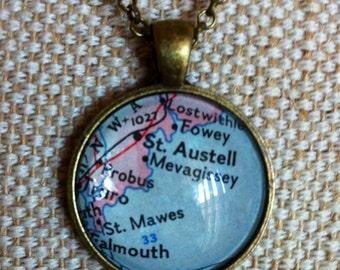 CLEARANCE! Vintage map pendant / glass cabochon map of English riviera / Cornish coast map pendant