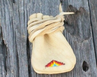 Beaded leather pouch , Buckskin leather medicine bag ,  Amulet bag , Necklace bag
