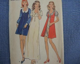vintage 1970s Butterick sewing pattern 6683 junior petite dress and vest size 7